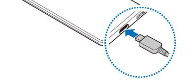 Steps to charge Galaxy S21 battery through a USB cable